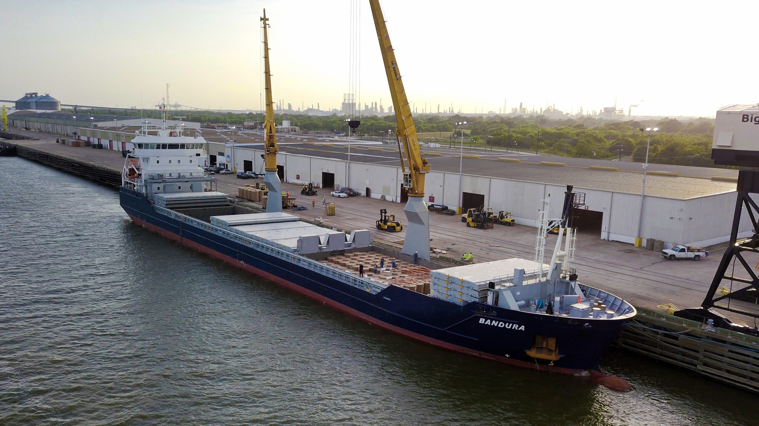 Vessel bandura from Noordwijk Ocean services